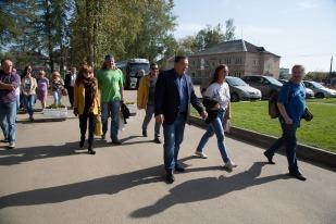 Гости прибыли в Мокшино