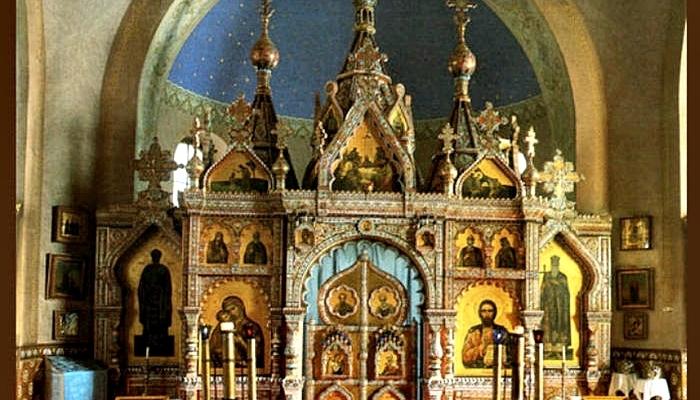 Фарфоровый иконостас в г. Марианские Лазни