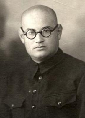 Писатель Борис Горбатов