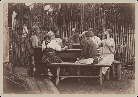 Крестьяне тульской губернии за обедом